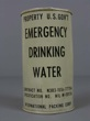 EMERGENCY DRINKING WATER. PROPERTY U.S. GOV´T. Agua potable de emergencia.